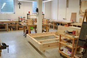 Schreinerei Holz Sigi Werkstatt Zirbenholz