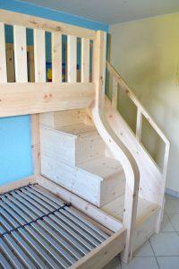 Zirbenhochbett Lisa2 Treppe
